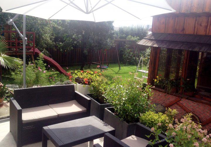 Zahrada a terasa / Garden and terrase