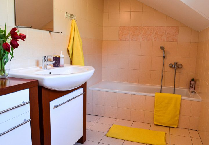 Kupelna na poschodi / Bathroom - upstairs