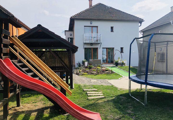 Detske ihrisko / Kids playground