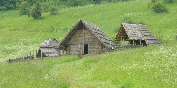 Archeoskanzen Havránok / Archaeological Museum Havránok