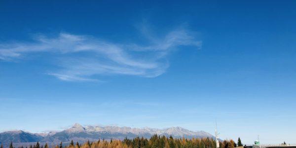 Vodná nádrž Čierny Váh a výhľad na Vysoké Tatry